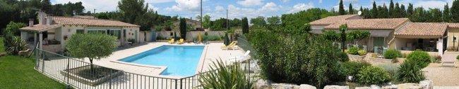 Mas Jaro, studios de vacances avec piscine en Provence